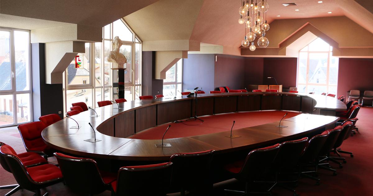 Salle du Conseil Municipal de la Mairie de Riedisheim